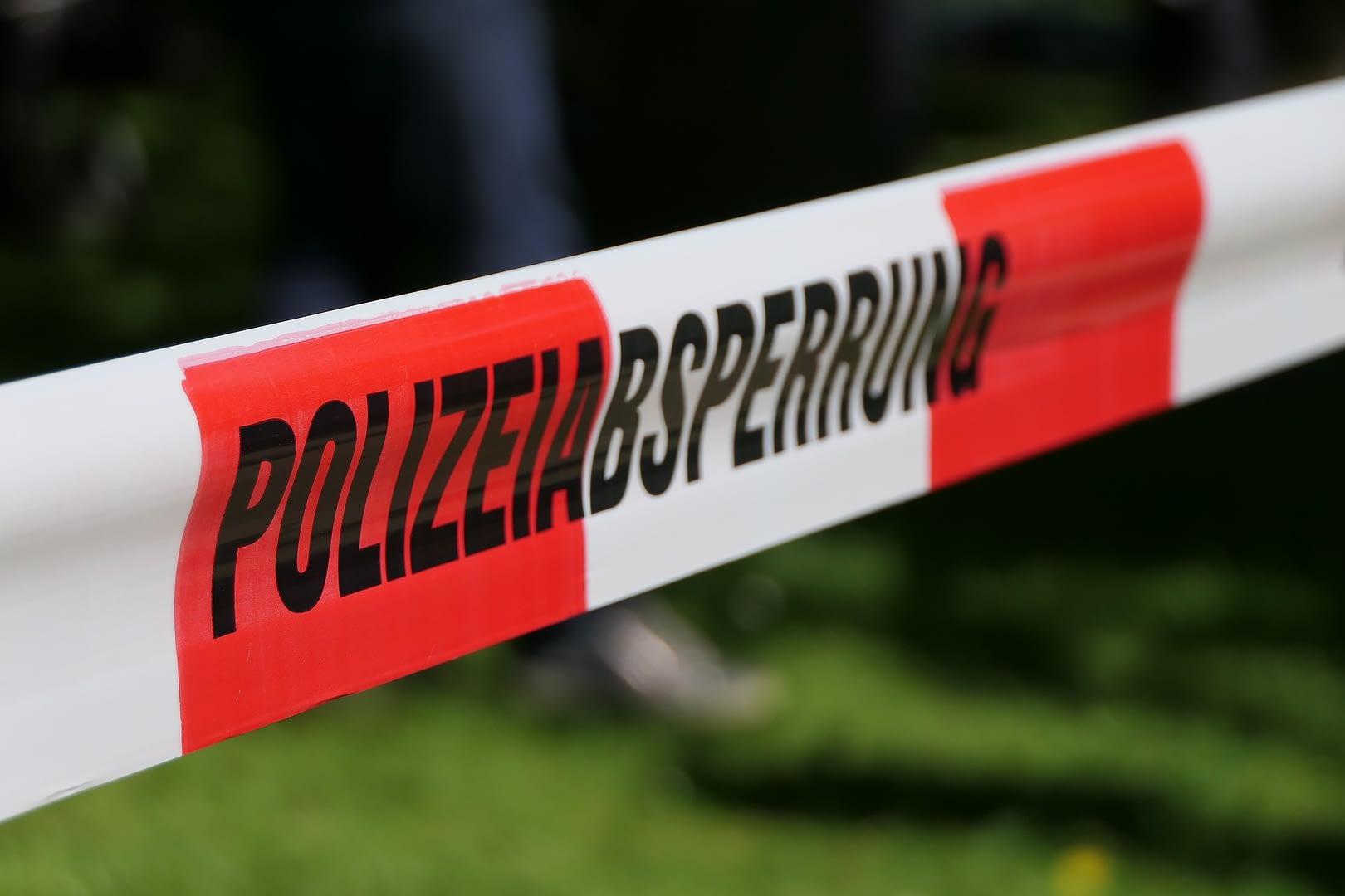 Bild einer Polizeiabsperrung